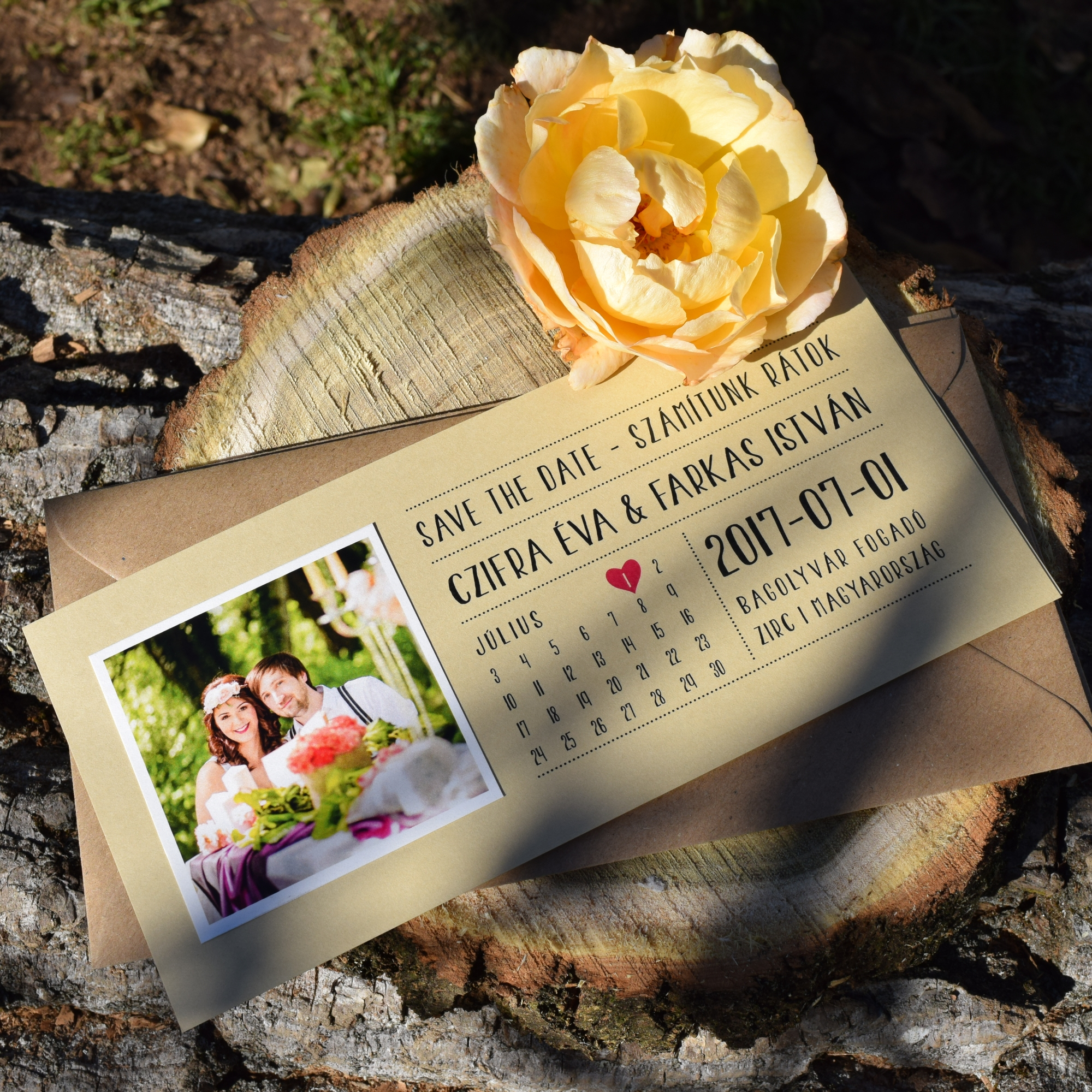 Save the Date card with photo and calendar